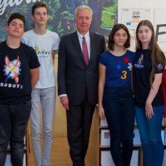 Visit of the USA ambassador to RobotX Hunedoara